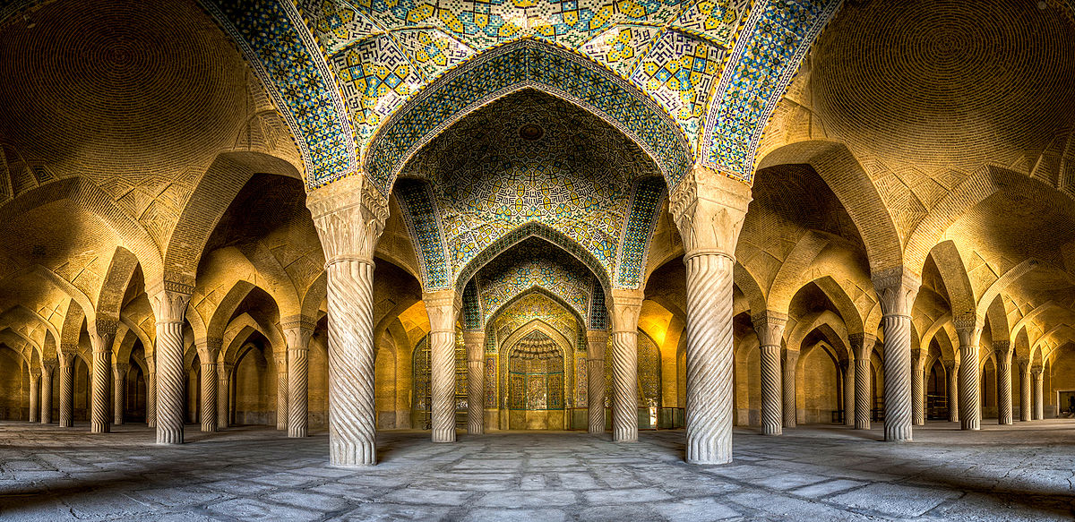 Shiraz Vakil Mosque on travelling Iran,Iran welcomes you,tour operator,Shiraz tour,traveling to Iran,vakil bazaar