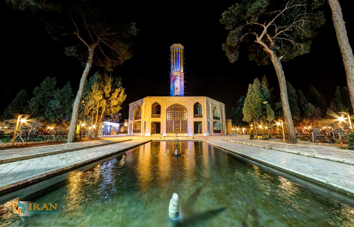 Dowlat Abad Garden in Yazd,Iran tourist attractions,Yazd attractions,wind catcher,Iran desert,Iran Welcomes You Travel agency in Iran,Iran tours